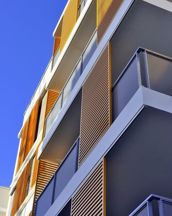 מרפסת שמש בבניין